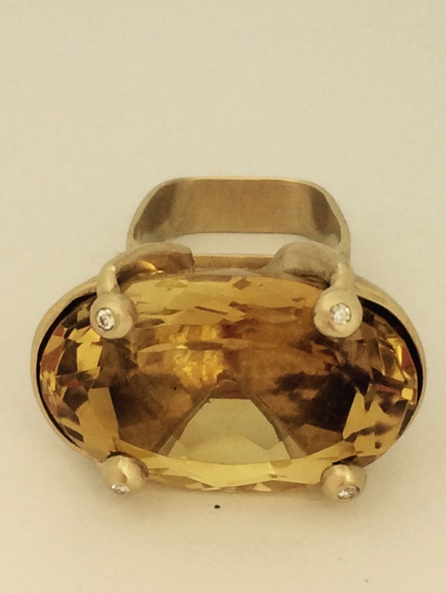 14K Gold Ring with Citrine and Diamonds